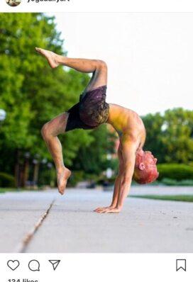yoga instagram account